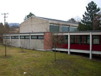 1164. Modernisierung der Schule und Turnhalle in Karbach